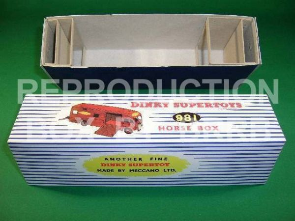 Dinky #981 Horse Box ( B. R.) - Reproduction Box